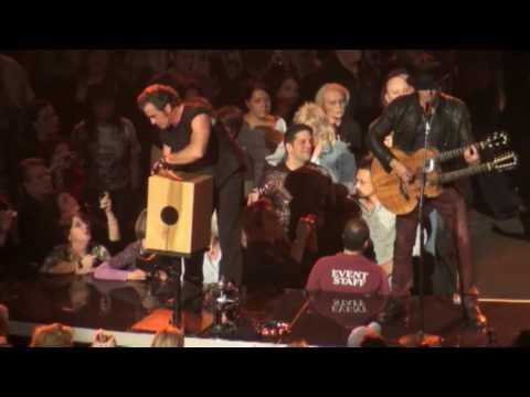 Bon Jovi - Something for the pain (live / acoustic) - 23-03-2010