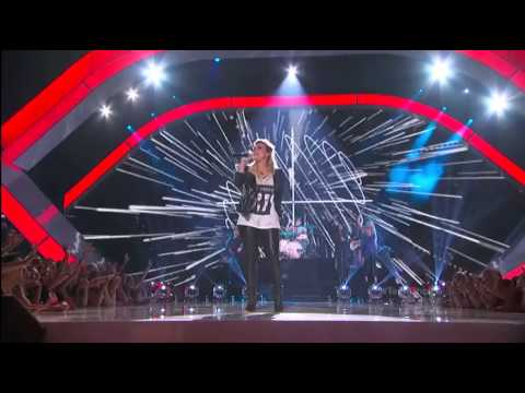 Demi Performing Made In The USA on Teen Choice Award 2013 HD/HQ
