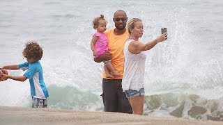 X17 EXCLUSIVE: Hank Baskett Is On Dad-Duty While Kendra Wilkinson Watches The Waves