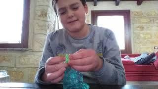 Apriamo il CADILLACS AND DINOSAURS cristal animal slime