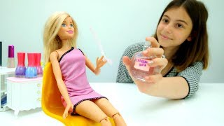 Игры для девочек - Духи для Барби - Видео про кукол