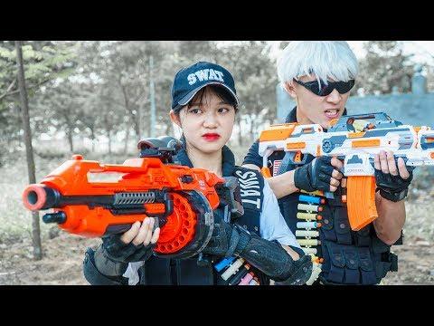 Banana TV : Couple Ultimate Squad Skill Nerf Guns Confrontation High-tech Crime NERF WAR