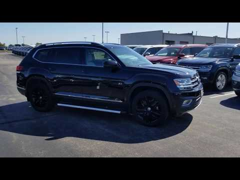 2019 VW Atlas 3.6 SEL Premium w/ side steps, mud flaps, and captain's chairs