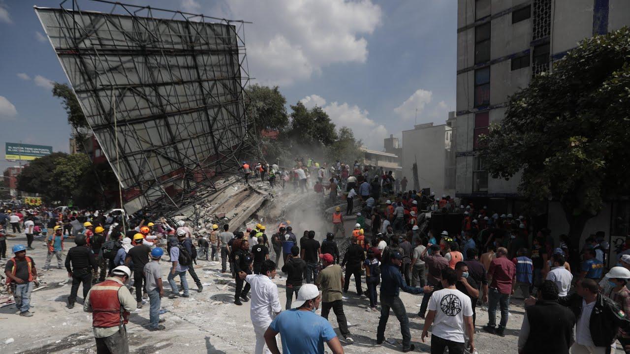Powerful Earthquake Strikes Mexico