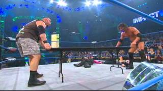 Street Fight: Jeff Hardy & Sting vs Bobby Roode & Bully Ray