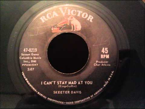 Skeeter Davis - I Can't Stay Mad At You - Great Early 60's Girl Group