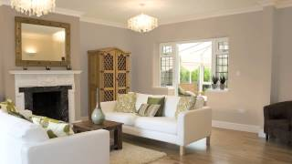 How to Use Dark & Light Shades of One Color to Paint a Room : Painting Choices & Tips