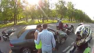 Нападение байкеров на машину! (с неожиданным концом!)(, 2014-06-30T17:40:37.000Z)