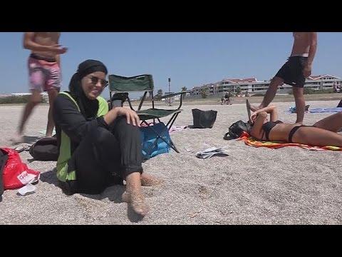 France : après Cannes, une commune de Corse interdit le burkini sur la plage