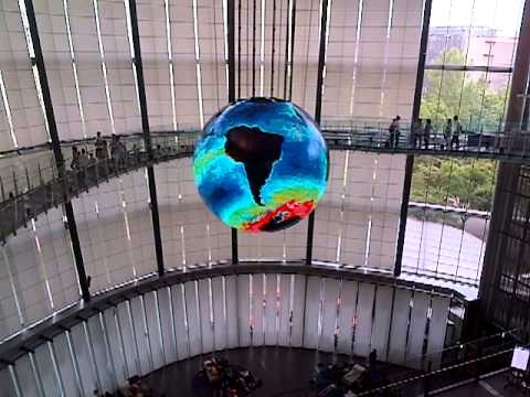Cool as hell globe in the science museum (Tokyo)