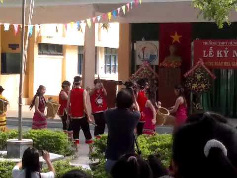 11a7 - Trường THPT Hùng Vương - 20/11/2011.mp4