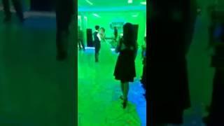 Tarkan Beni çok sev İlk dans