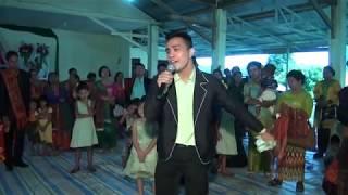 Berurai Air mata Seorang adik bernyanyi di pernikahan kakak kandungnya lewat lagu GABE MAHO BORU