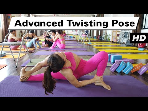 Advanced Twisting Yoga Pose | Raja Gupta Yoga Class | Yograja