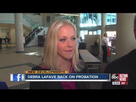 Judge puts Debra LaFave back on probation