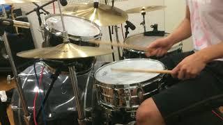 THE YELLOW MONKEY / BURN drumcover リクエストのあった曲。 結構練習...