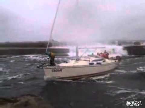 Insane Boat Docking