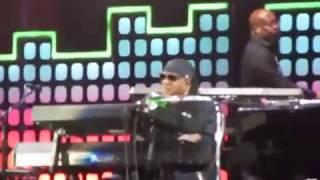 Stevie Wonder complete MASTER BLASTER (Jammin')+ HIGHER GROUND @GlobalCitizenFestival 2017