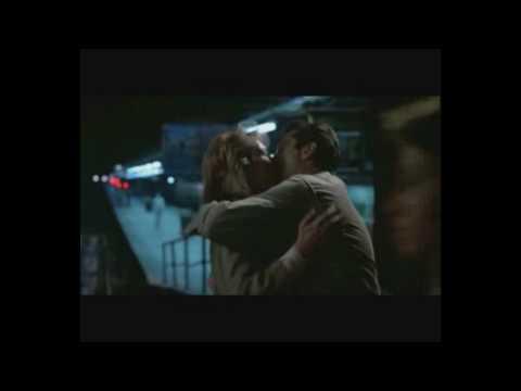 Robert De Niro & Meryl Streep - All Out Of Love