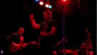 "The Weakerthans- ""Hymn Of The Medical Oddity"" (Bowery Ballroom, 12-10-2011)"