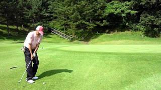ゴルフ アプローチ!サンドウェッジのスピンを効かせる打ち方