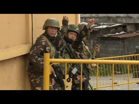 Philippine Army Continues Battle in Marawi with IS-allied Militants