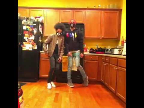 Ayo & Teo || Wale - Running Back ft Lil Wayne || @shmateo_ @ogleloo