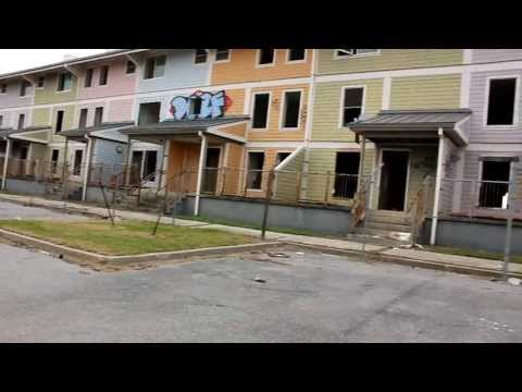"New Orleans 19 - Abandoned ""Florida Projects"" 1"