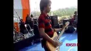 Sheila On 7 - Bila Kau Tak Disampingku (Live)