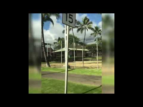 cruising-downtown-kona,-hawaii