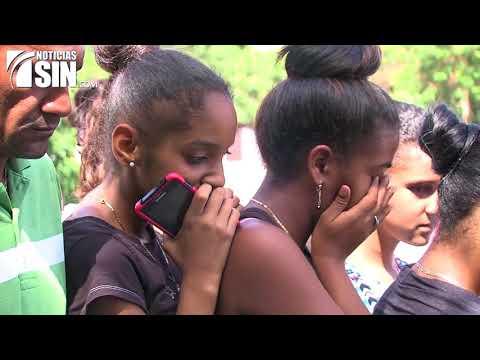 Realizan vigilia por el asesinato de adolescente encontrada quemada en Fantino