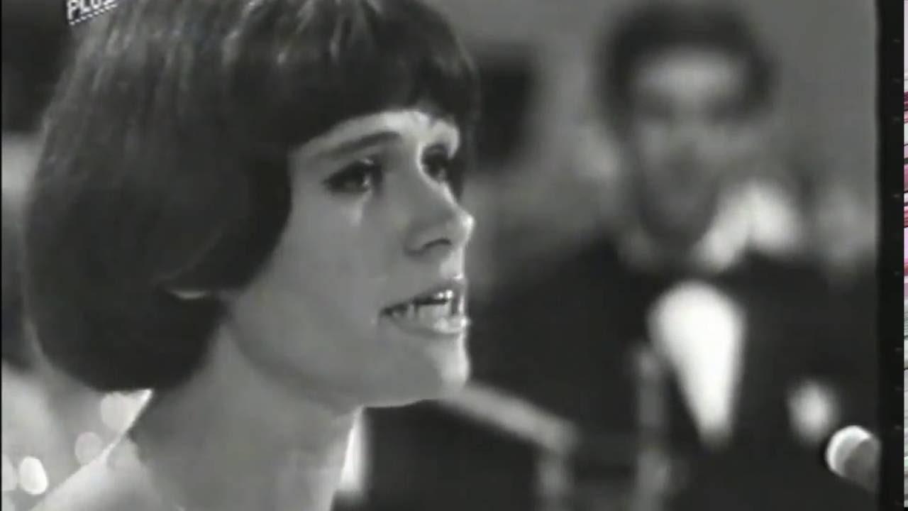 Ursula Von Manescul