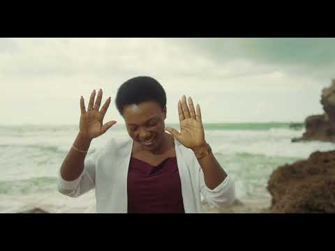 Martha Mwaipaja - MBINGU ZIMEFUNGUKA (Official Video)