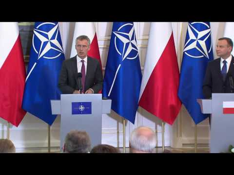 NATO Secretary General with President of Poland, 30 May 2016