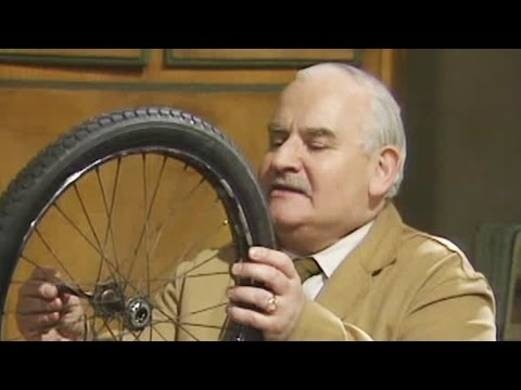 Open All Hours - s03e03 - Duet For Solo Bicycle