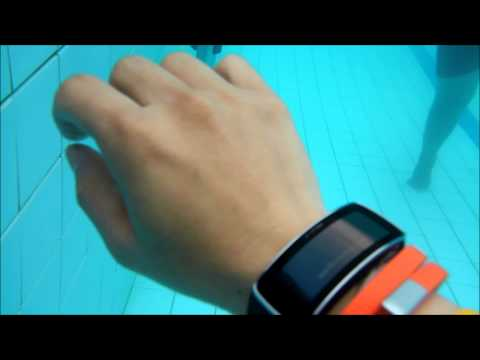 Samsung Gear Fit in Action