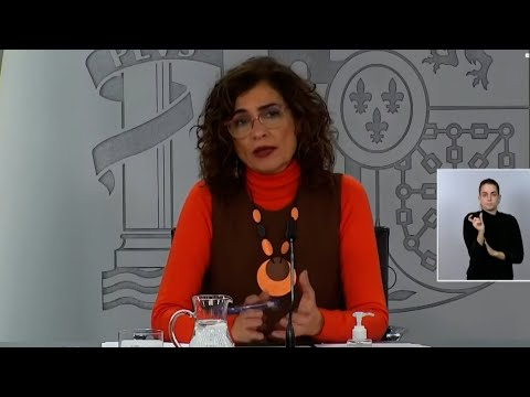 """María Jesús Montero insiste en que la subida en el precio de la luz """"es coyuntural y puntual"""