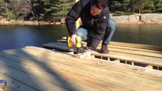 Gig for aligning screws on pressure treated decking