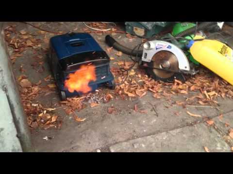 Co benzyna robi z odkurzaczem