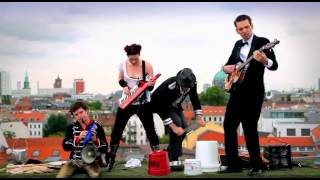 Amanda Palmer and the Grand Theft Orchestra - Lost (acoustic)