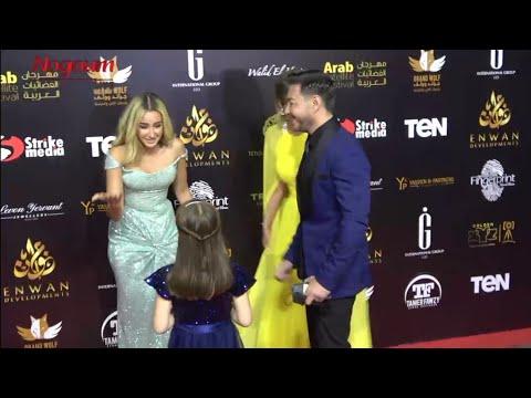 شوف هنا الزاهد اتصرفت ازاي مع أحمد زاهر وبناته.. وليلى وملك يشعلان ريد كاربت