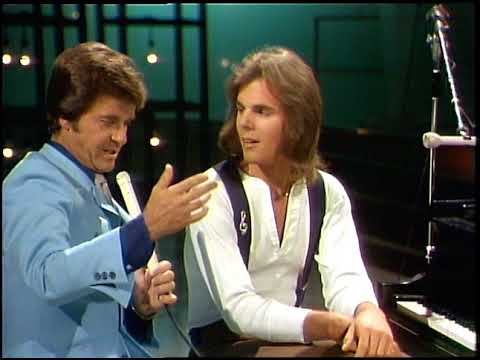 American Bandstand 1976- Interview Jonathan Cain