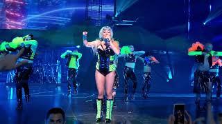 Lady gaga - applause (enigma live in las vegas)