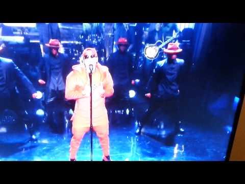 Chris Brown performs X and Loyal on Jimmy Fallon