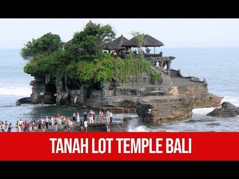 tanah-lot-temple-tabanan-bali