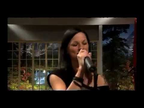 "Christina Stürmer & Russkaja ""Millionen Lichter"""