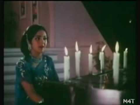 Kali Kali Choome from Manchali (1973)