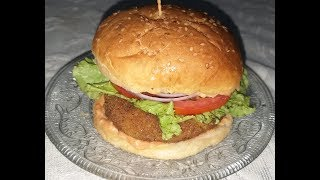 Make Aloo Tikki Burger at home | Veggie Burger Recipe | Indian Style Veg Aloo Tikki Burger Recipe