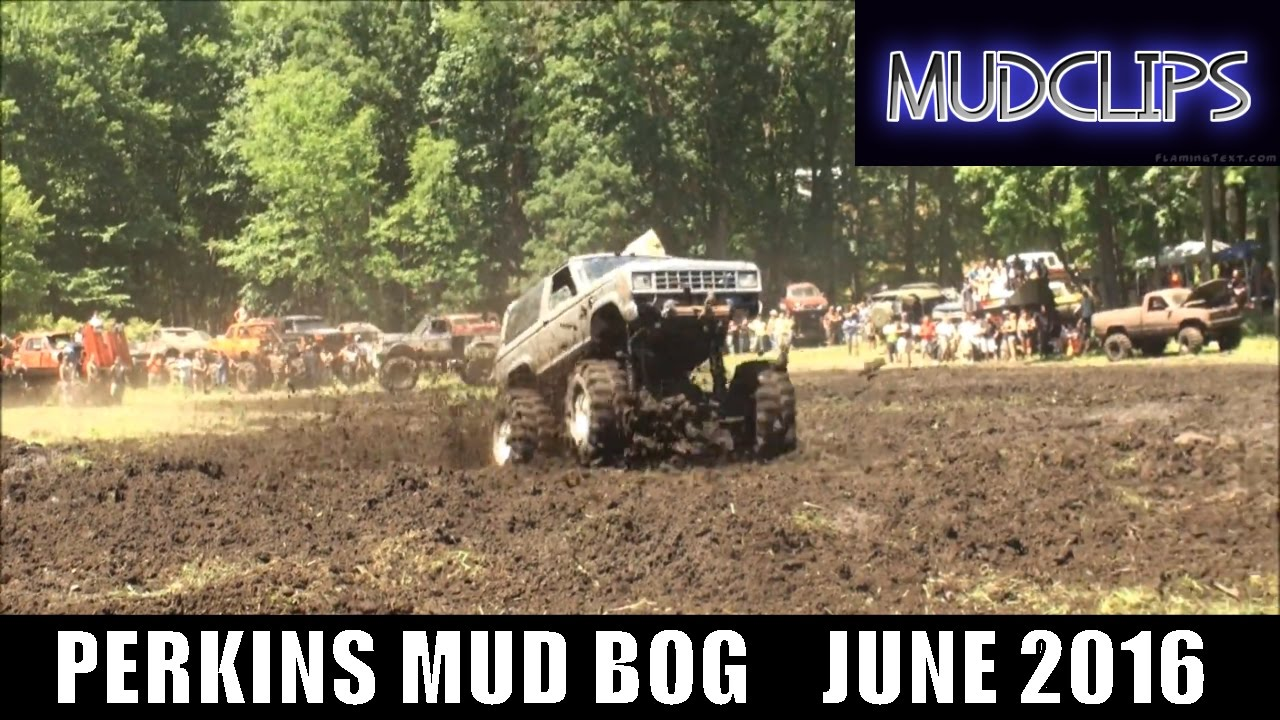 "PERKINS MUD BOG - ""HUNGRY HOWIES"" FORD BRONCO 2 PLAYS IN THE MUD   JUNE 2016"