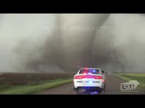 5-24-16 Dodge City, KS Tornado - House Rips Apart!  38 MINUTES LONG!